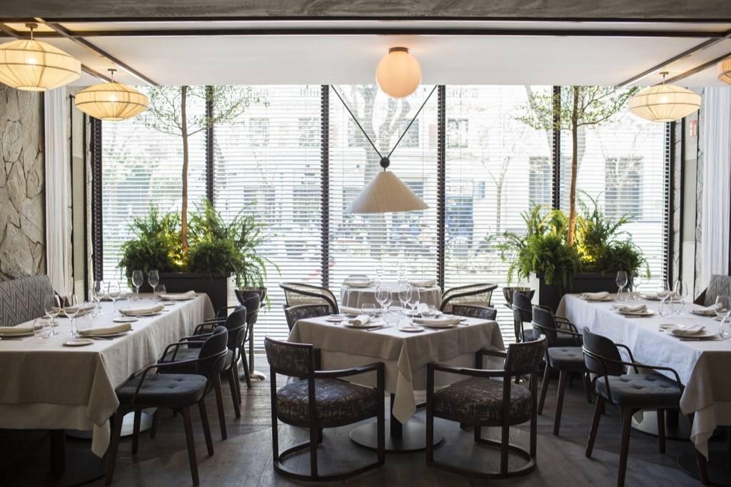 Resultado de imaxes para restaurante carbon negro